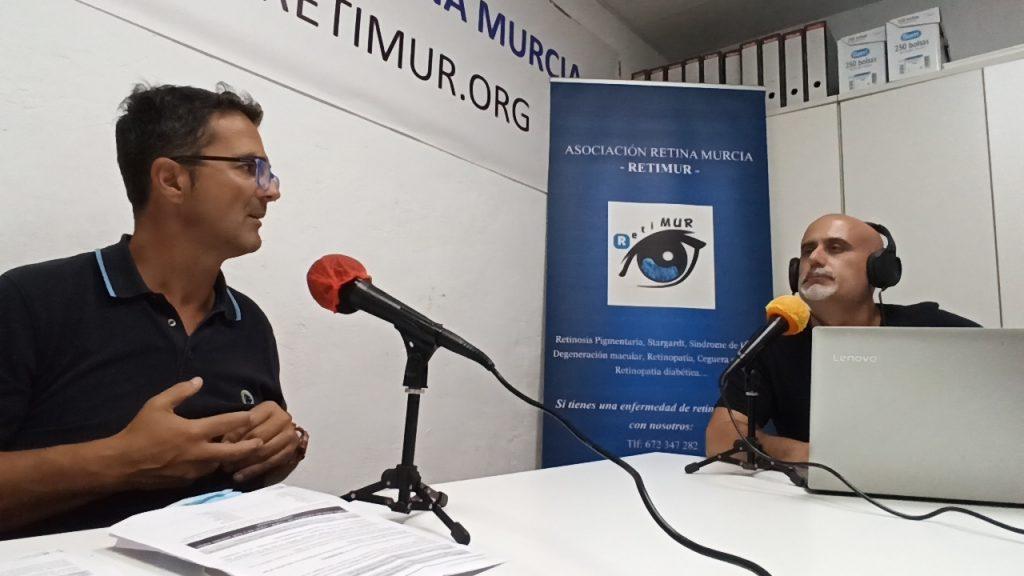 Imágen David Sánchez y Juan Carrión grabando el podcast